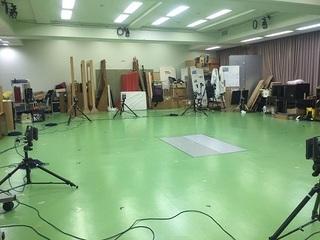 大学の分析室.jpg